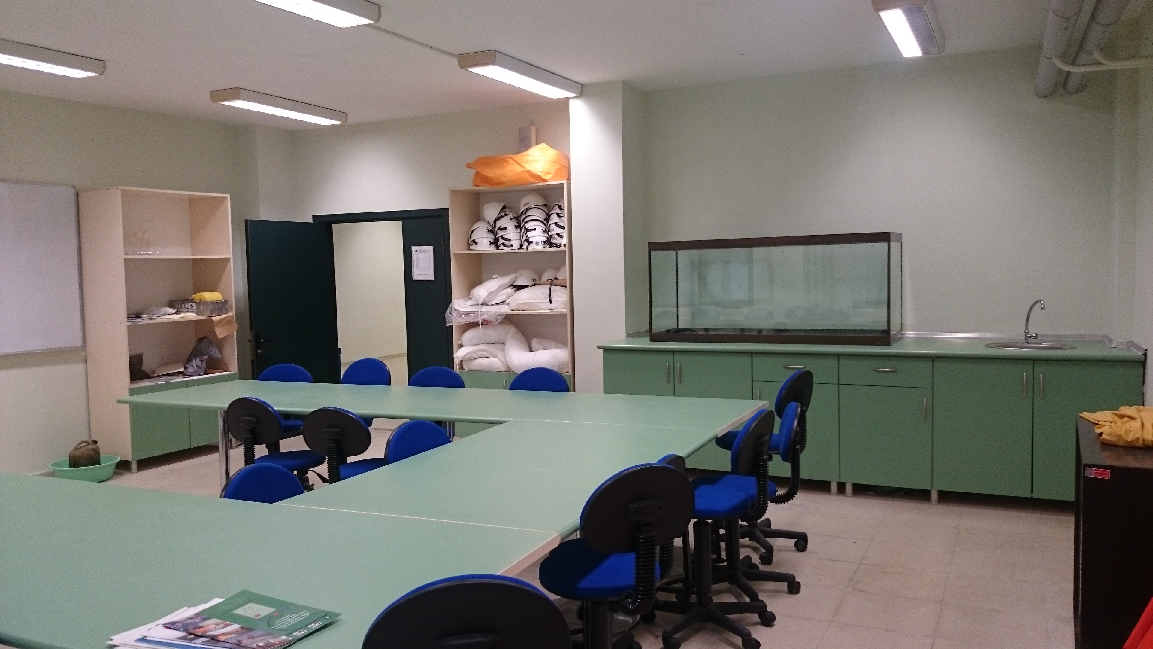 kimya lab.